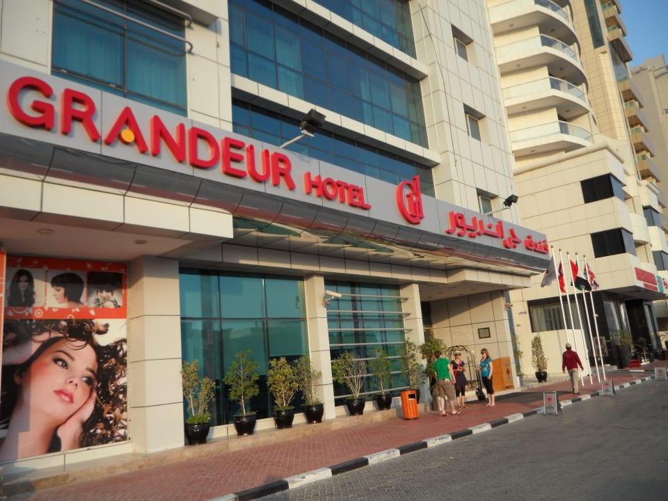 Eingangsbereich Grandeur Hotel
