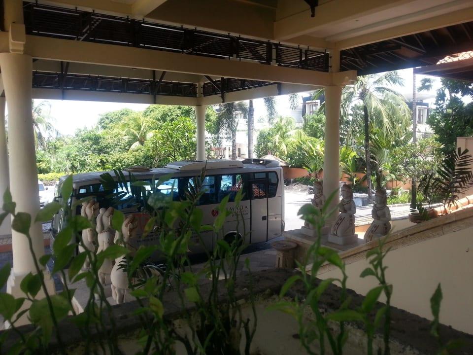 Eingang zum Hotel Camakila Tanjung Benoa (geschlossen)