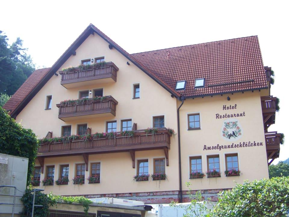 Vorderansicht Hotel Amselgrundschlößchen