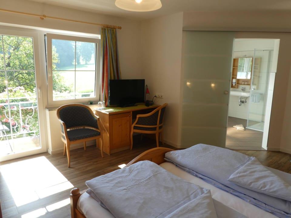 Doppelzimmer im Gästehaus Hotel Spitzerwirt