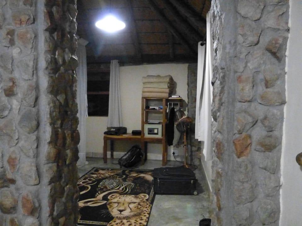 Blick Richtung zweites Schlafzimmer Nunda River Lodge