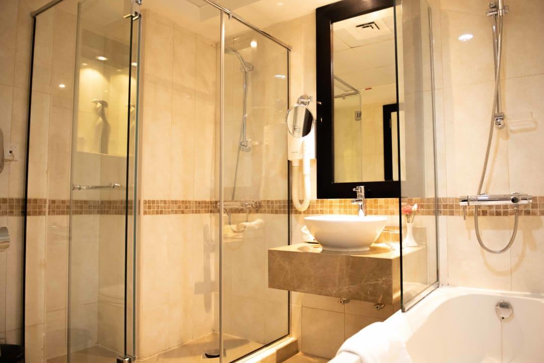 Zimmer Grandeur Hotel
