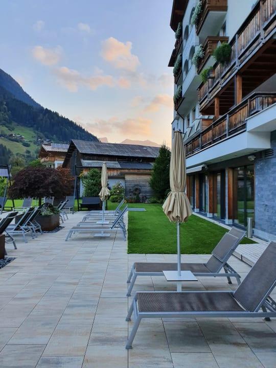 Pool Hotel Weisses Lamm