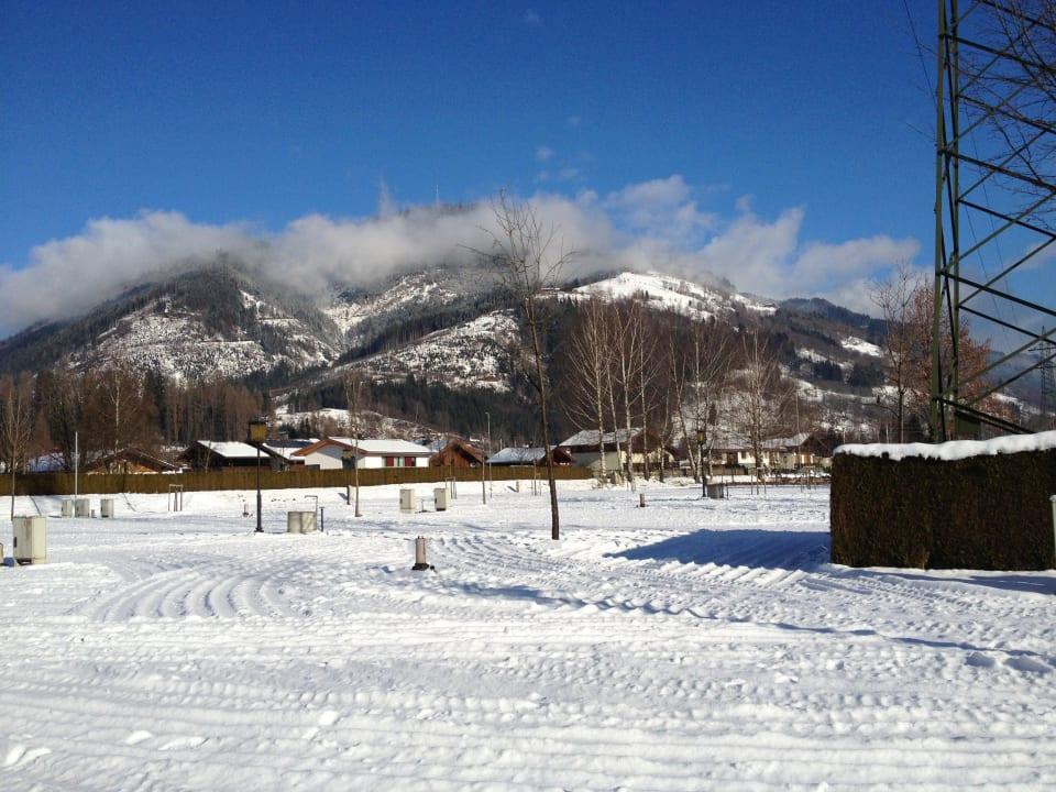 Blick auf einen Teil der Berglandschaft Camping Woferlgut