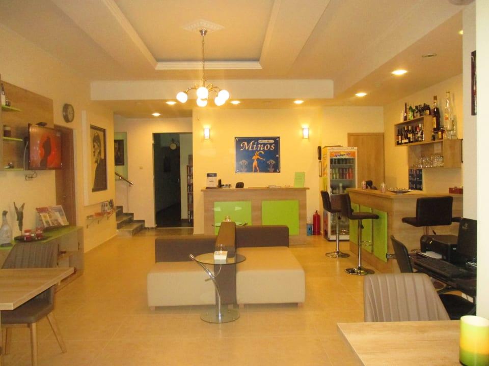 Reception  Hotel Minos