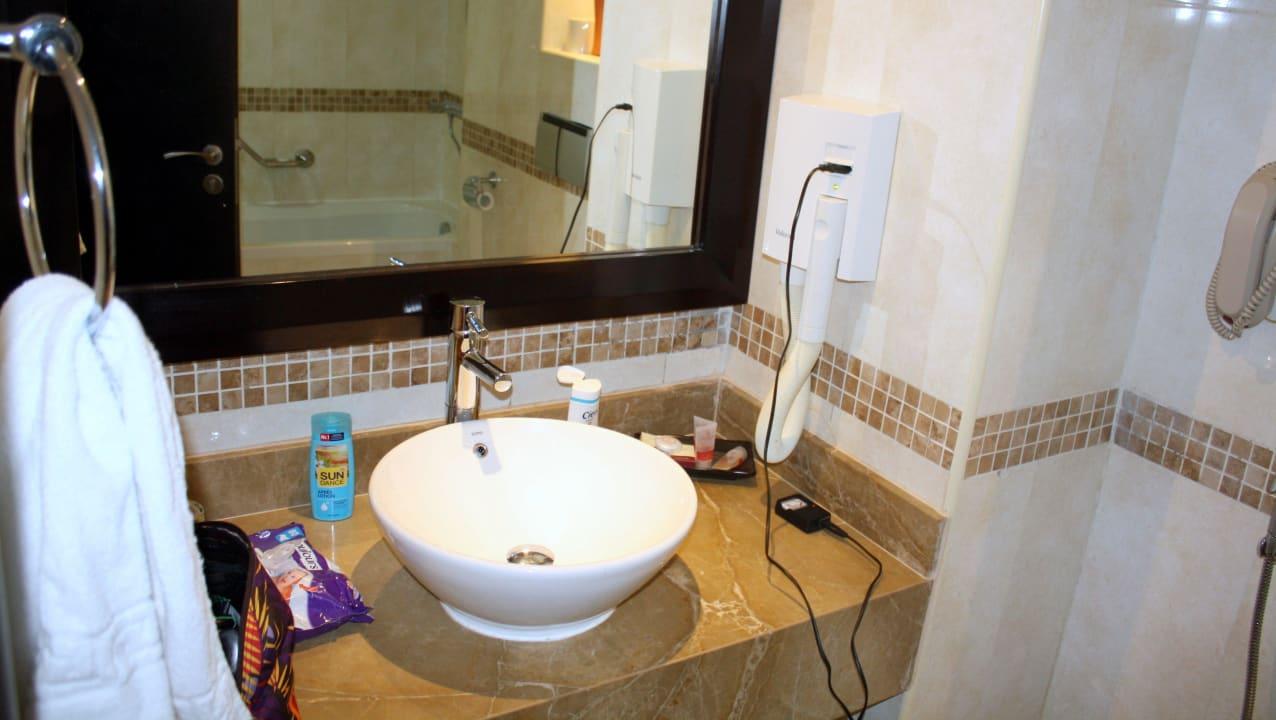 Waschtisch im Bad Grandeur Hotel