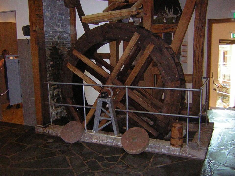Mühlenrad im Saunabereich MICHELS Wellness- & Wohlfühlhotel