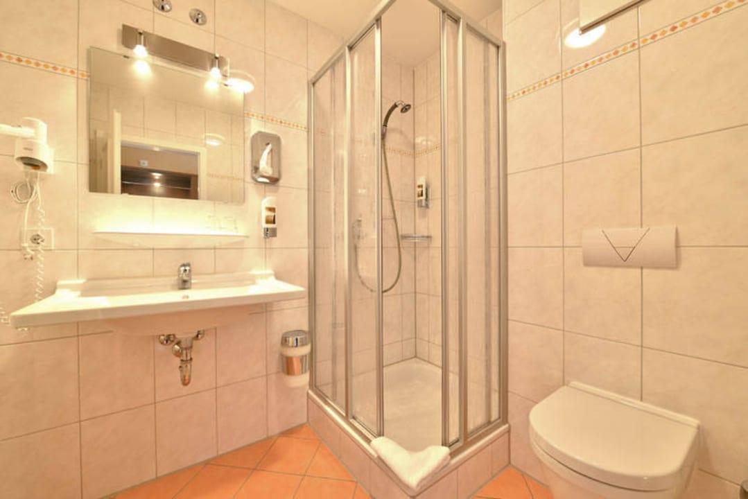 Beispiel eines Badezimmers Hotel Auf Wolke 8