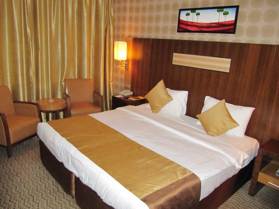 Das King-Size-Bett Hotel Sun & Sand