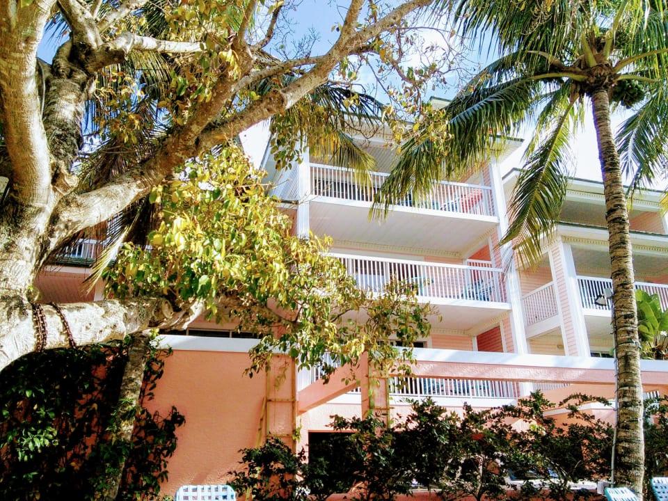 Front vom Pool aus gesehen Lighthouse Resort Inn & Suites