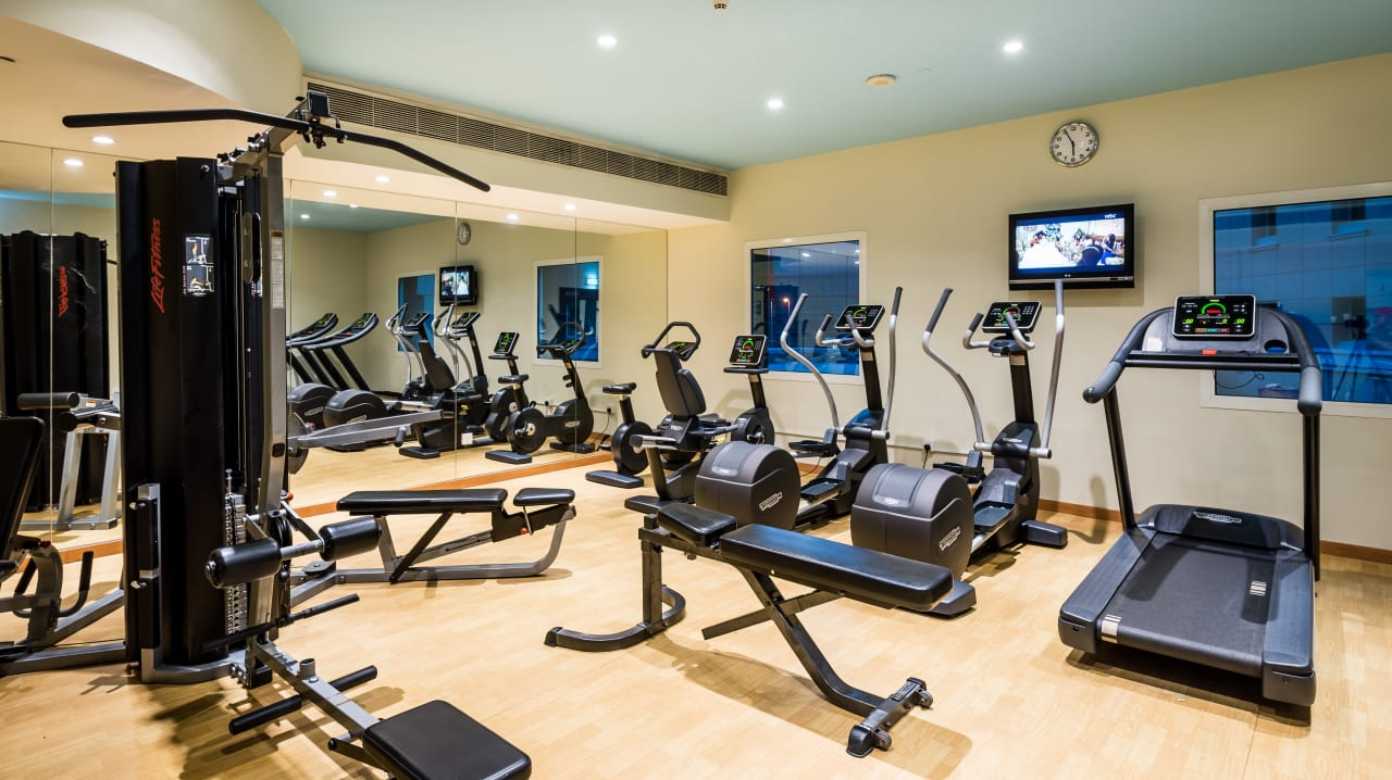 Sport & Freizeit Hotel Holiday Inn Express Dubai Internet City
