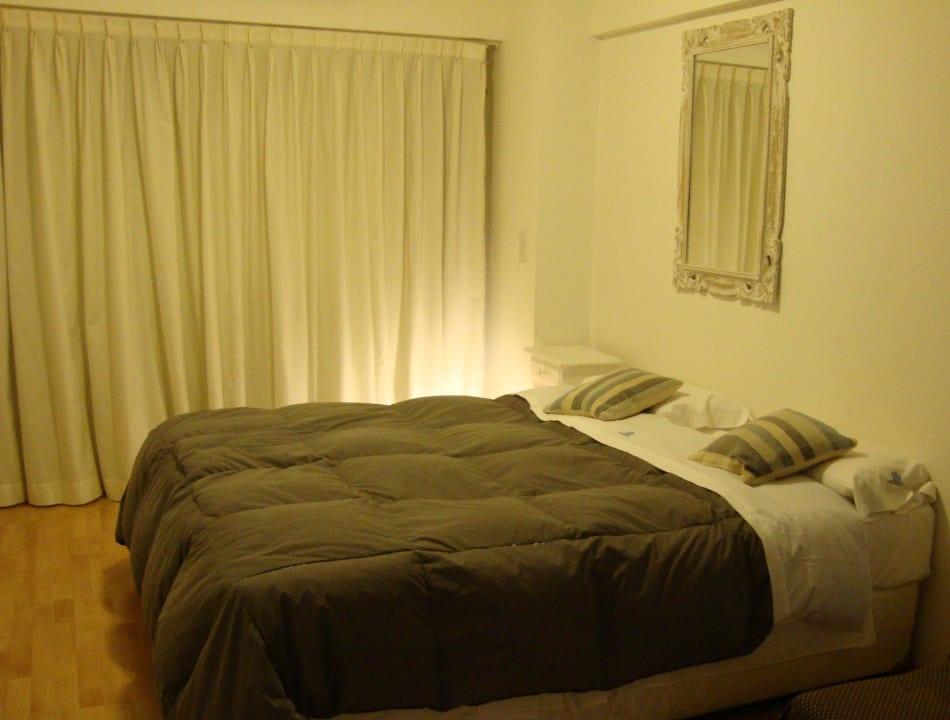 Bedroom Studio Pueyrredon by Temporary Apartments
