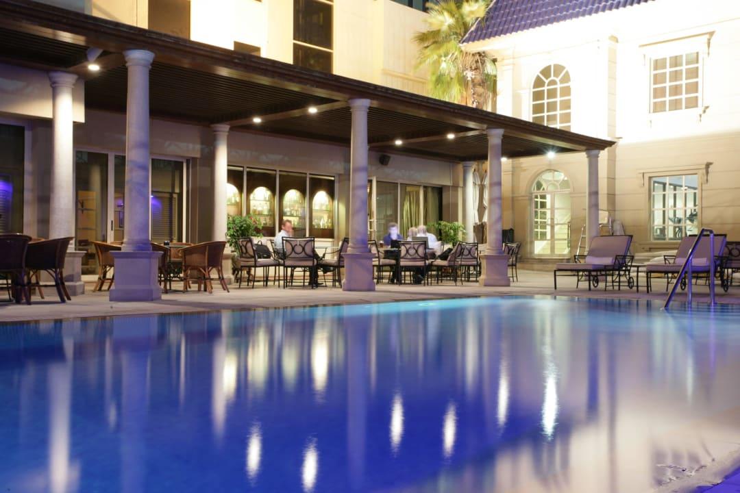 Pool Area  Plaza Hotel Chelsea