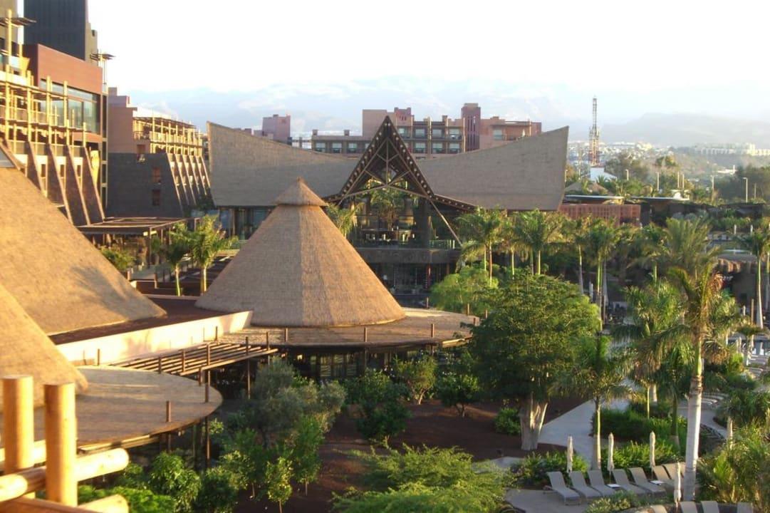 Blick vom Balkon Lopesan Baobab Resort