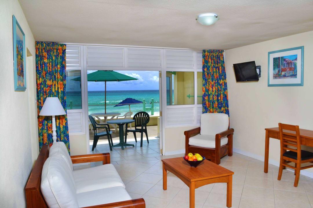 1 Bedroom Deluxe Livingroom Coral Mist Beach Hotel