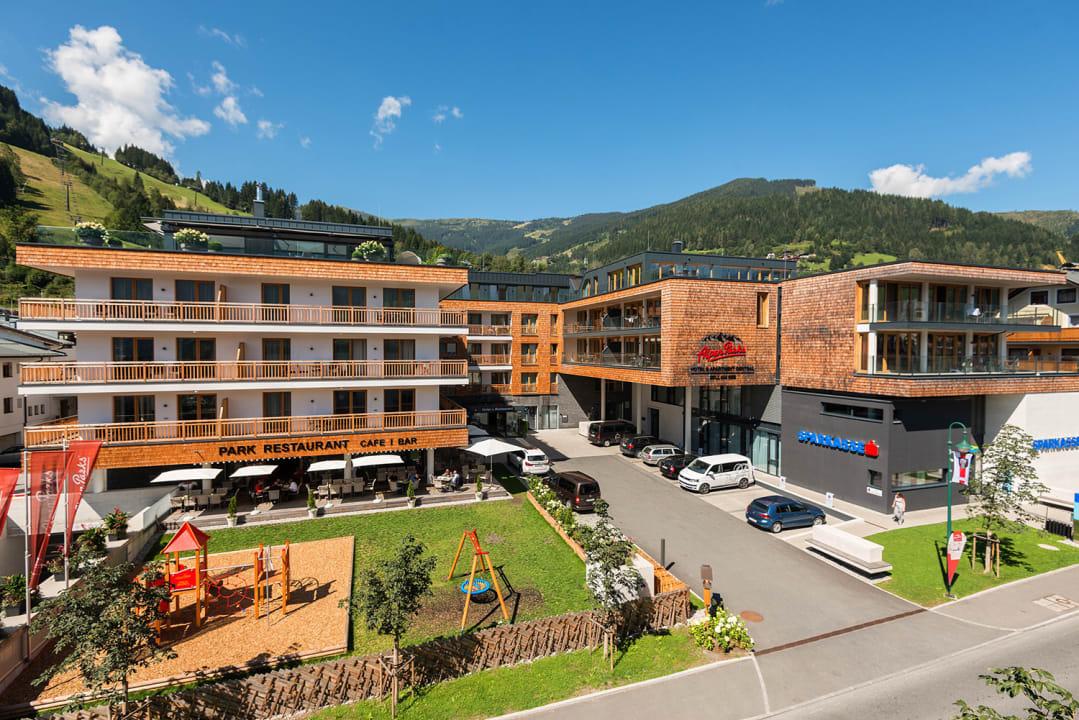 Außenansicht AlpenParks Hotel & Apartment Central