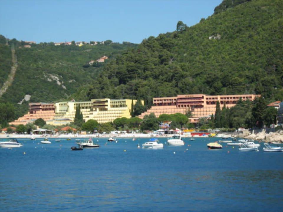 "Blick auf Hotel Mimosa, Hedera und Narcis"" Hotel Hedera (Rabac) •  HolidayCheck (Istrien | Kroatien)"