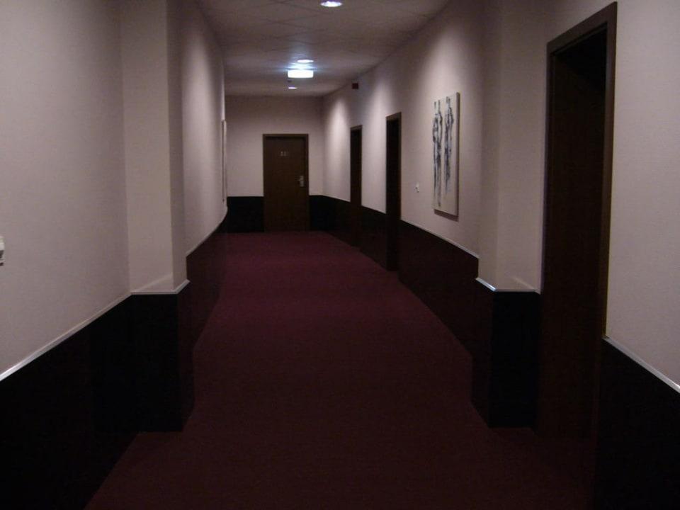 Hotelflur Hotel Adena