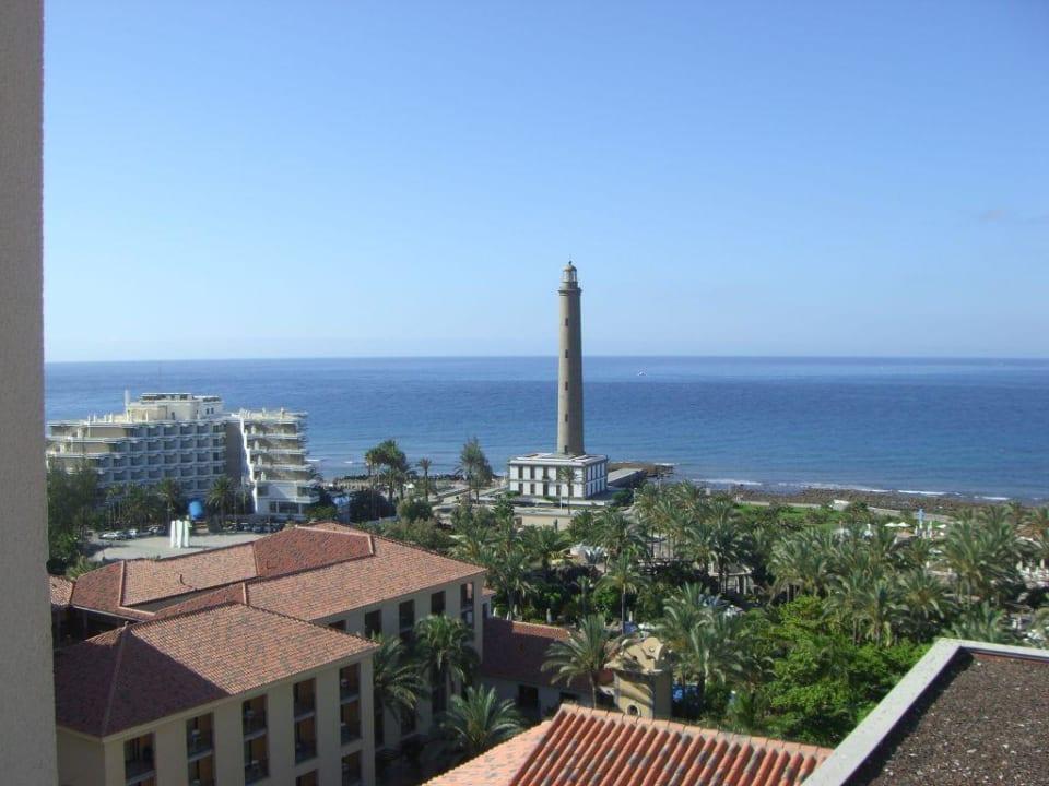 Blick vom Turm Richtung Leuchturm Lopesan Costa Meloneras Resort, Spa & Casino