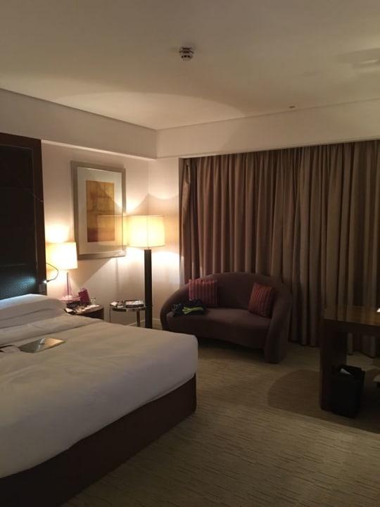 Ausreichend groß und alles vorhanden.  Hotel Crowne Plaza Dubai Festival City