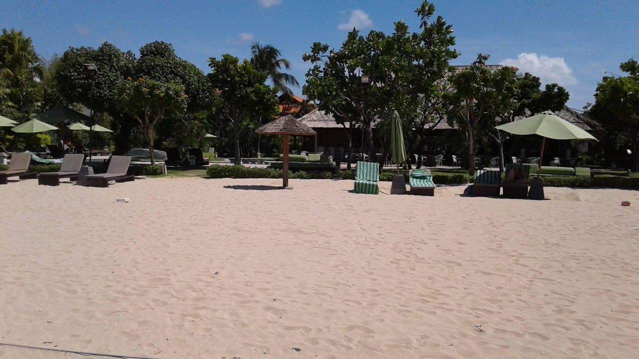 Strandbar mit Pool  Camakila Tanjung Benoa (geschlossen)