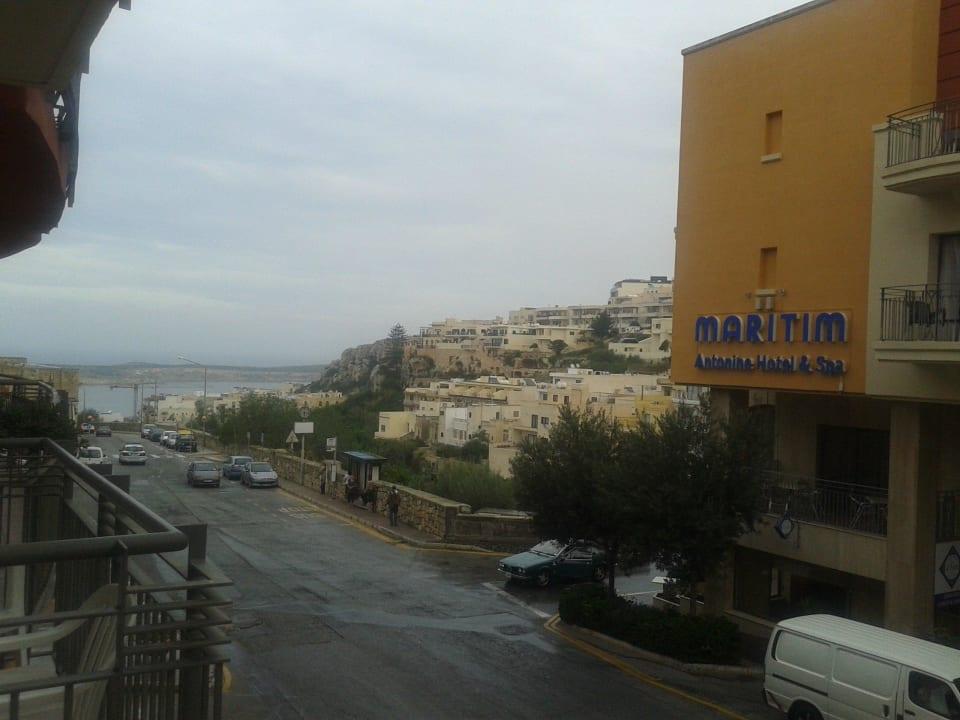 Blick vom Nebenhaus zum Haupthaus Maritim Antonine Hotel & Spa Malta