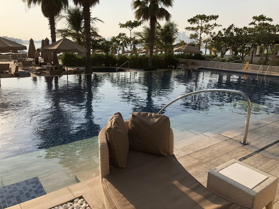 Pool Waldorf Astoria Dubai Palm Jumeirah