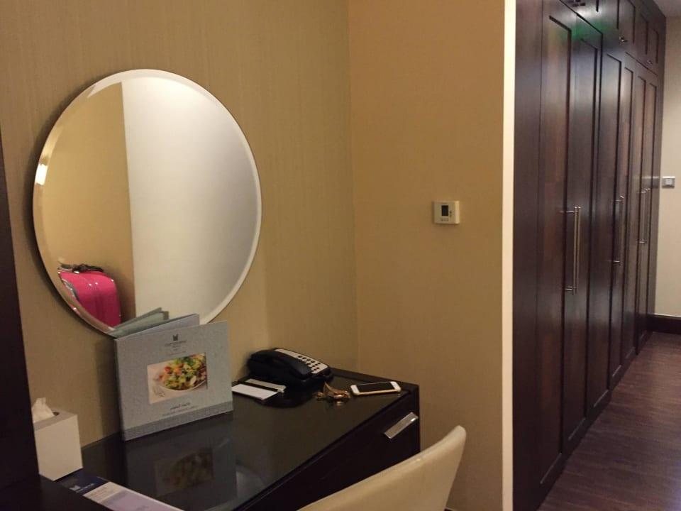 Schlafzimmer ( Park Suite ) Copthorne Hotel Dubai