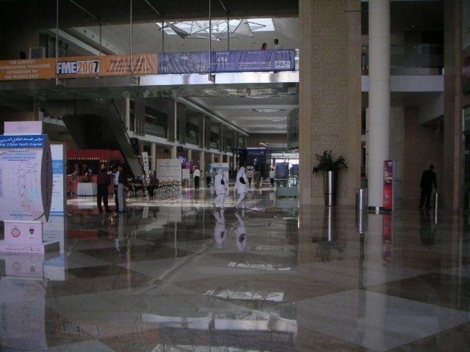 Direkter Zugang vom IBIS zur Messe Ibis World Trade Centre