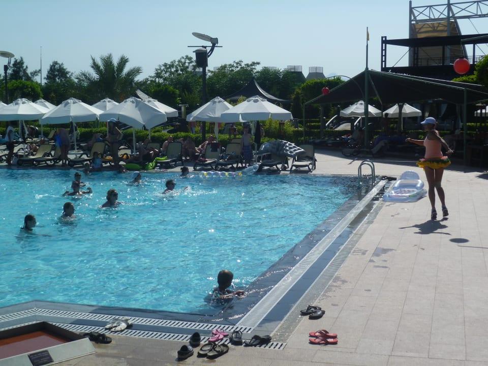 Zumba im Wasser Hotel Limak Lara de Luxe