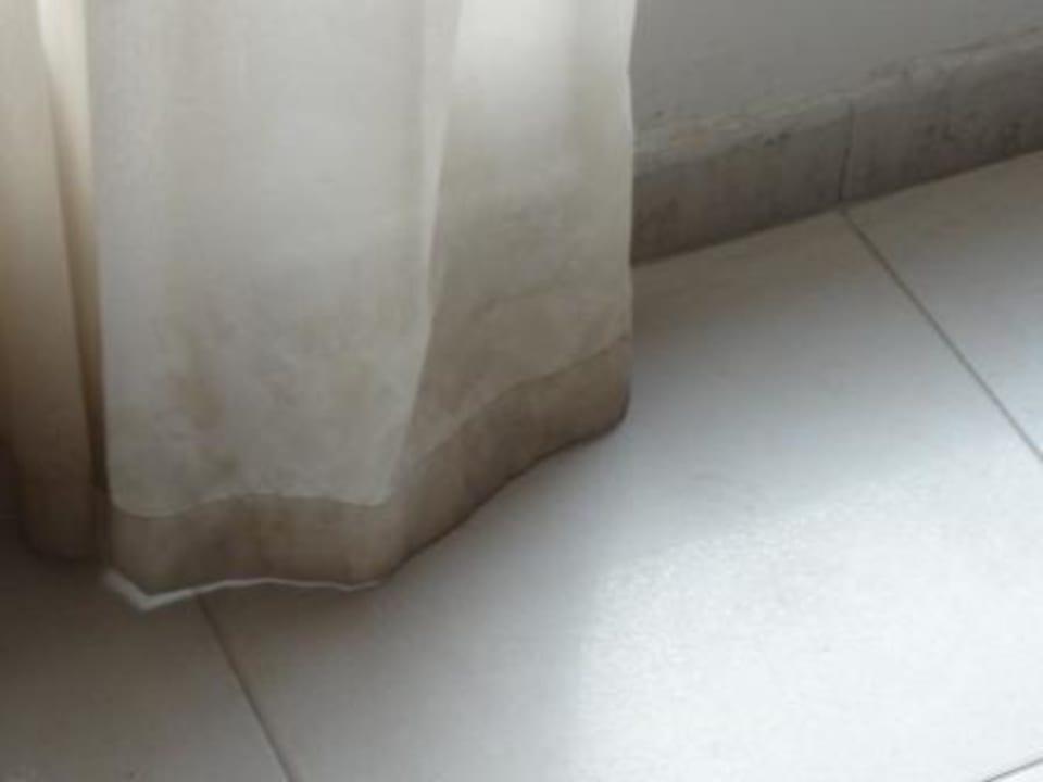 Dirty curtains Marina Hotel Apartments