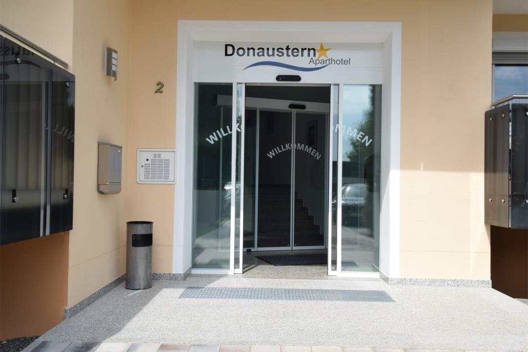 Lobby Aparthotel Donaustern