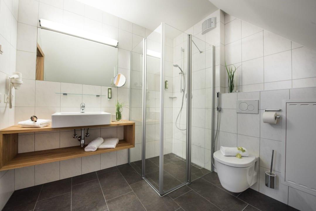 Beispiel Badezimmer AlpenParks Hotel & Apartment Central