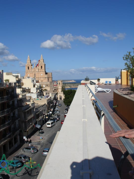 Na dachu Maritim Antonine Hotel & Spa Malta