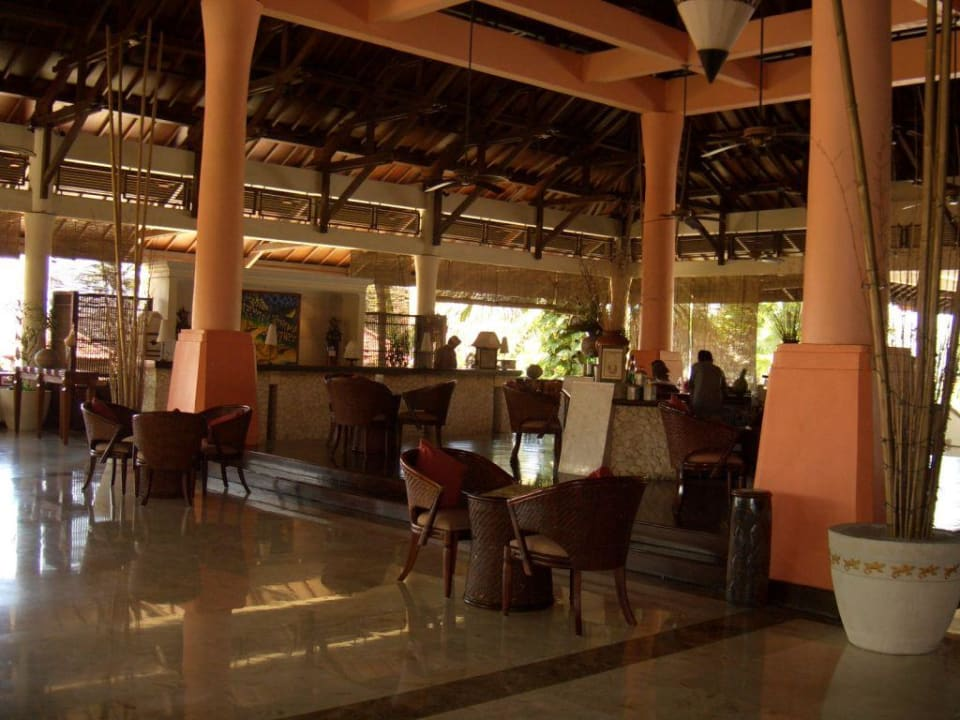 Lobby mit Rezeption Camakila Tanjung Benoa (geschlossen)