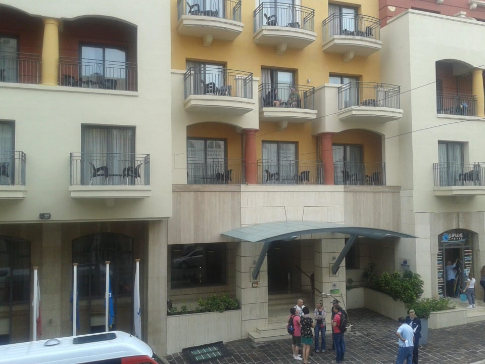 Blick zum Haupteingang Maritim Antonine Hotel & Spa Malta