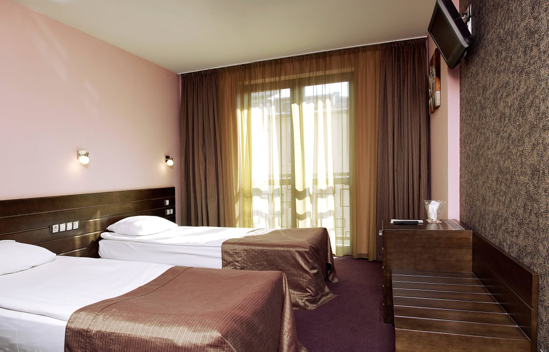 BudaPest Hotel Sofia Standard Room with 2 twin bed Budapest Hotel