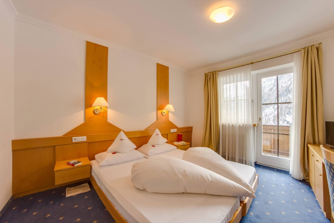 Doppelbettzimmer Suite Hotel Berger
