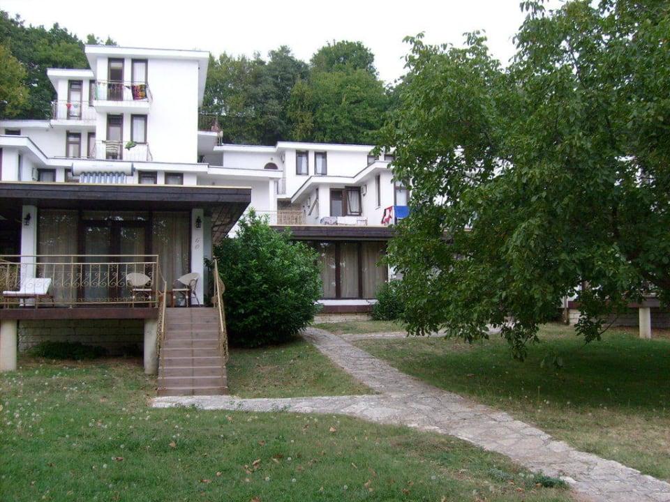 Blick auf die Bungalows Hotel Russalka