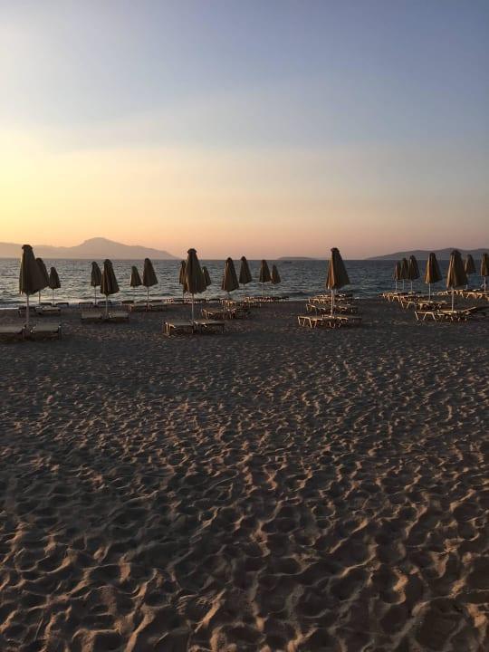 Strand am Abend Hotel Horizon Beach Resort