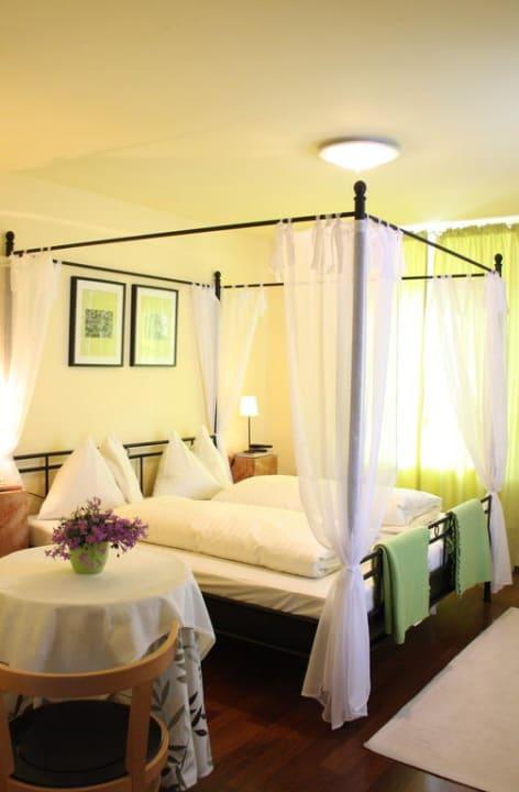 Gemütliches Zimmer in Grün Alte Gendarmerie-Bed & Breakfast