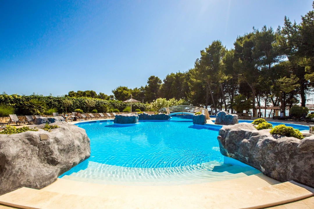 Pool Matilde Beach Resort