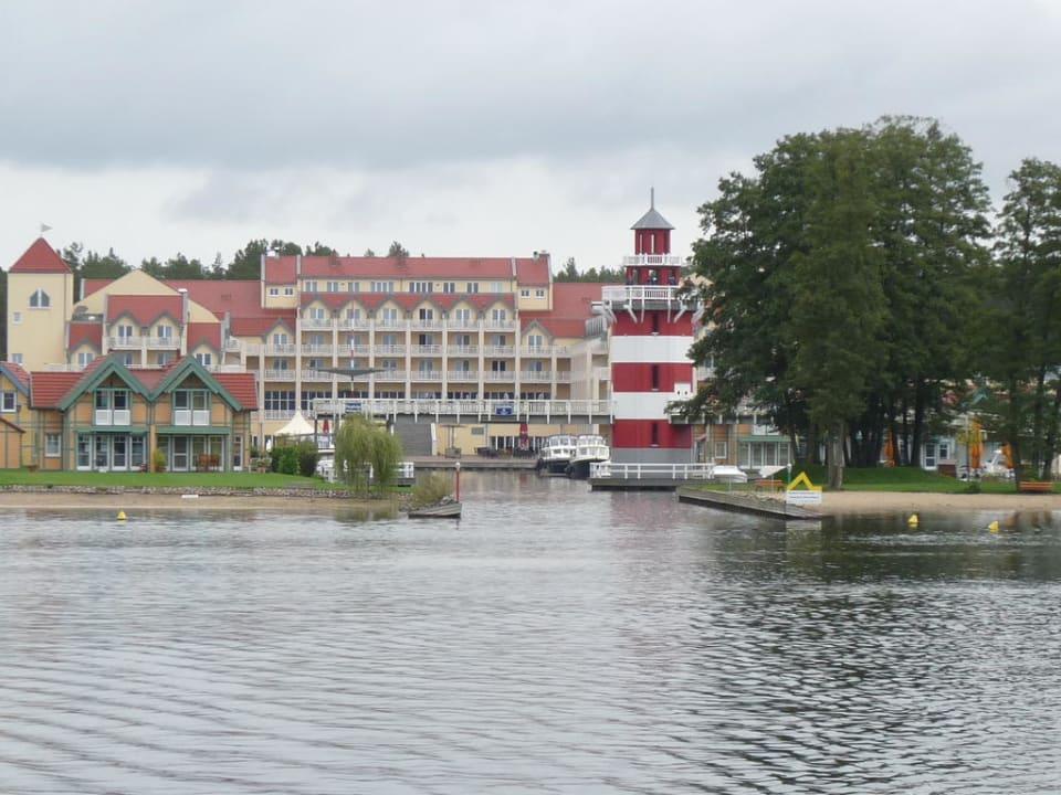 Ansicht vom See Marinaresort Ferienhäuser Hafendorf Rheinsberg