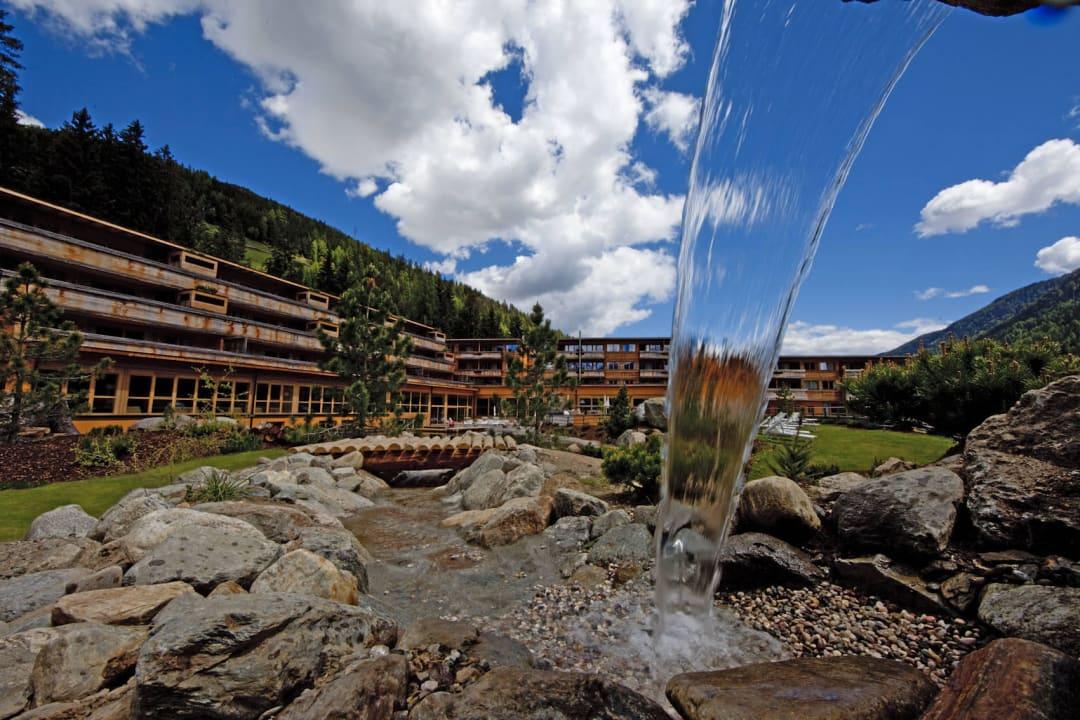Aussenansicht Sommer Arosea Life Balance Hotel