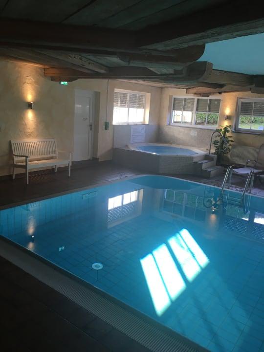 Pool Seehotel Wassermann