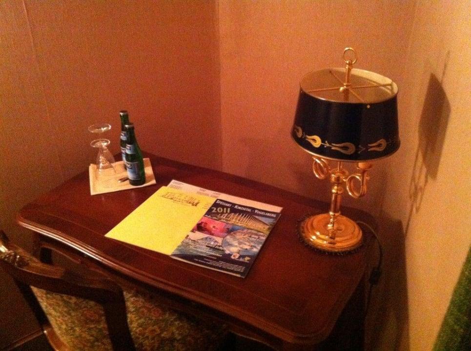 Schreibtisch Hotel Sej Sandzak