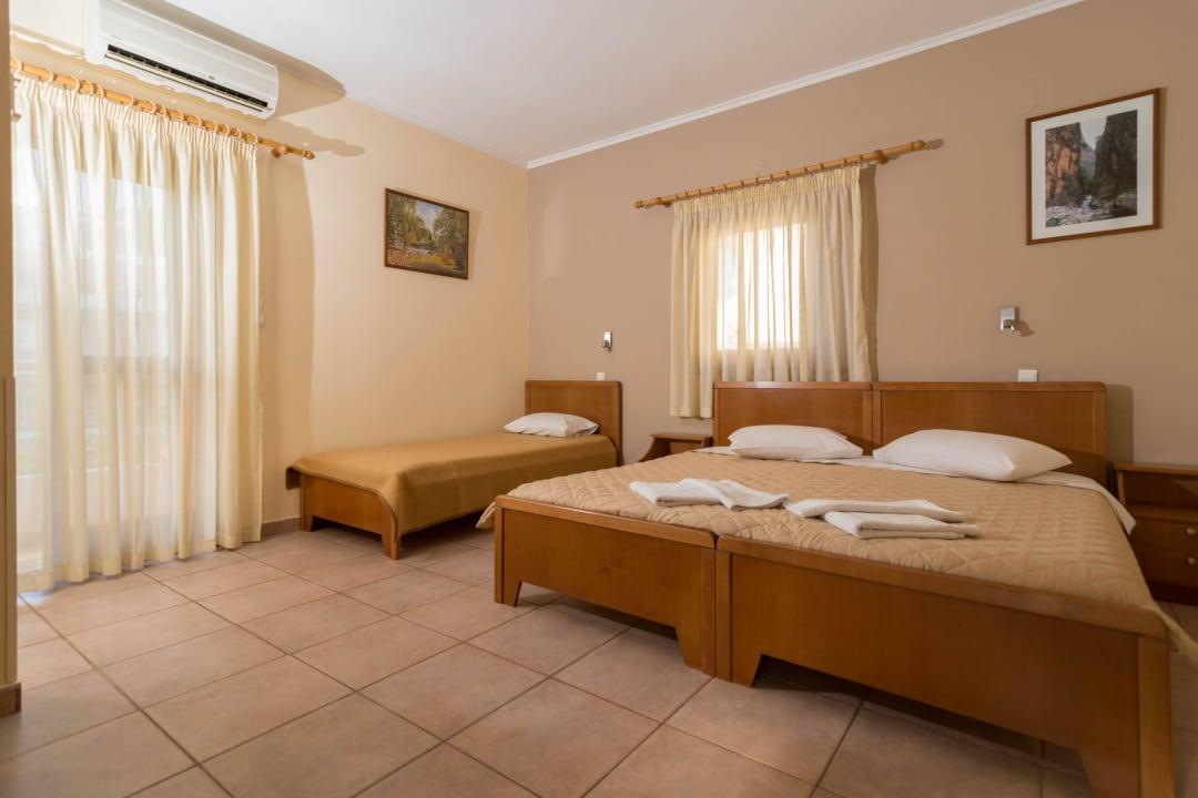 Triple Studio  Apartments Zygos