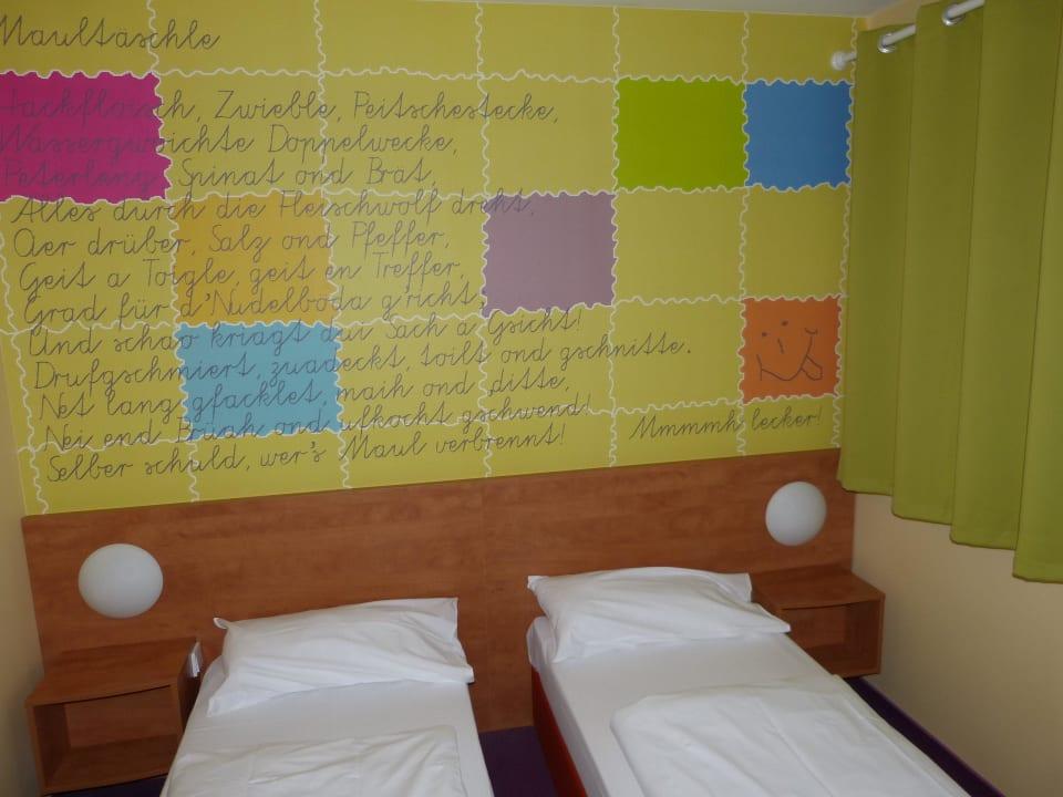 Zwei Einzelbetten B&B Hotel Stuttgart-Vaihingen