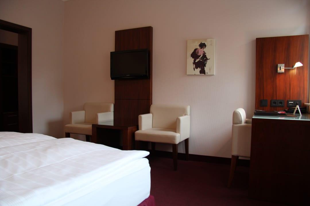 Zimmer Hotel Adena