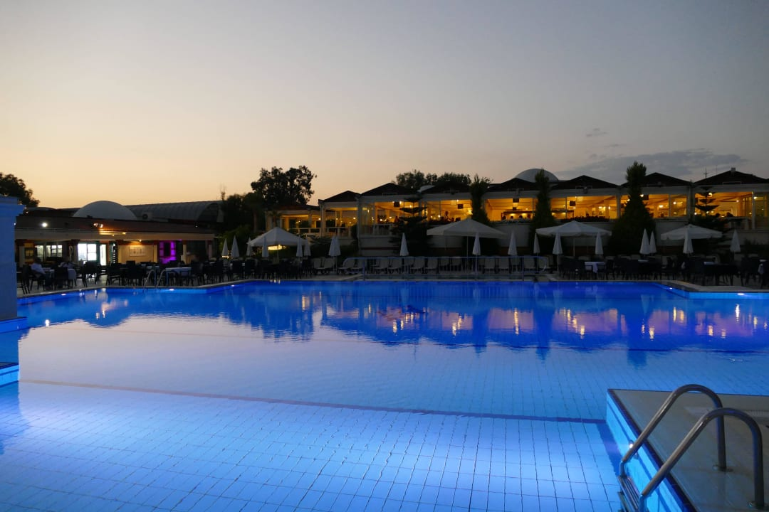 Abendstimmung am Pool Aldiana Side  (Vorgänger-Hotel – existiert nicht mehr)